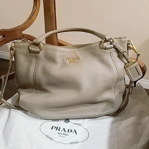 70455a58b2a3 Prada grey leather shoulder bag. M 5c3be52ca31c3395f1a1e6eb